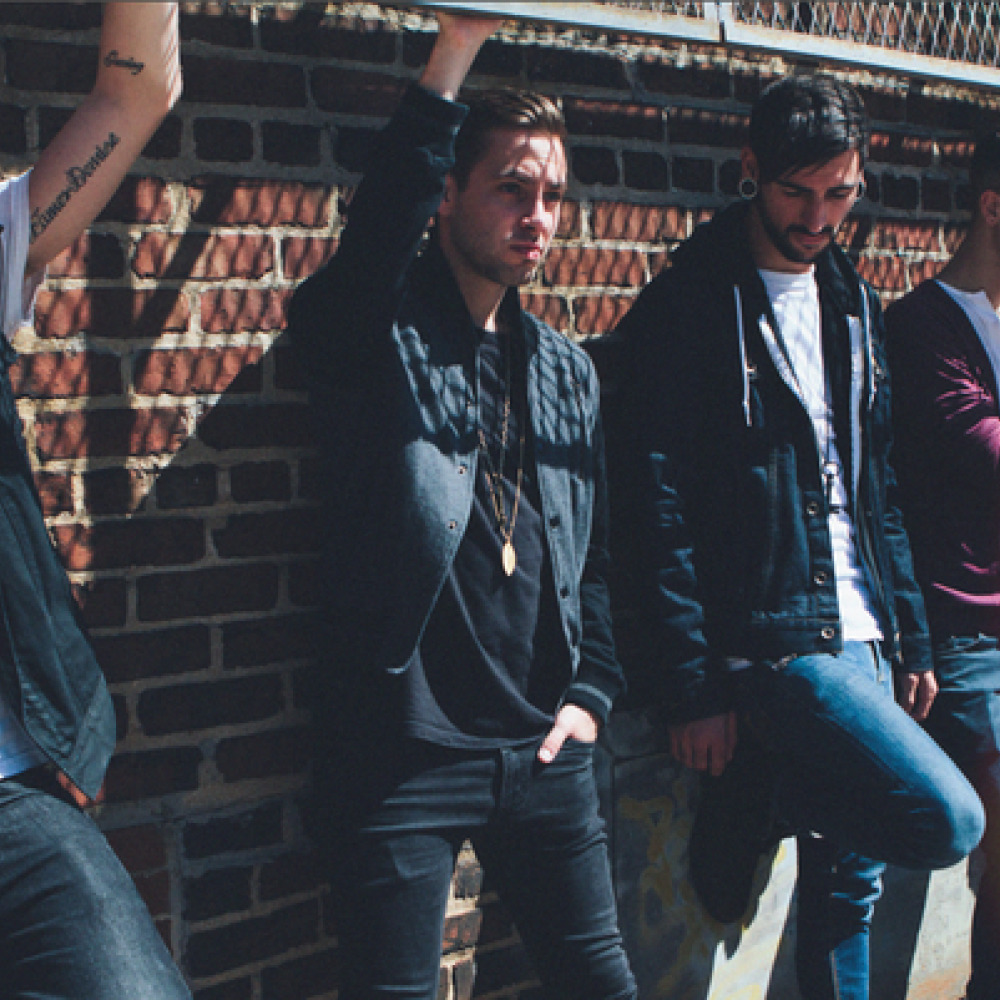 isues Issues is a metalcore band with rnb and nu metal influences from atlanta, georgia and los issues consists of: tyler carter - vocals michael bohn - vocals ty scout acord.